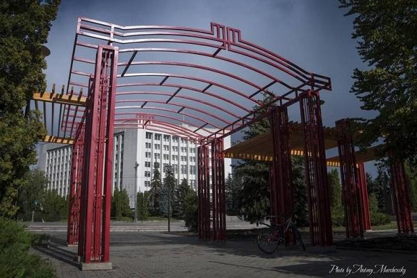У скільки Тернополю обійшлася нова арка в парку імені Шевченка?