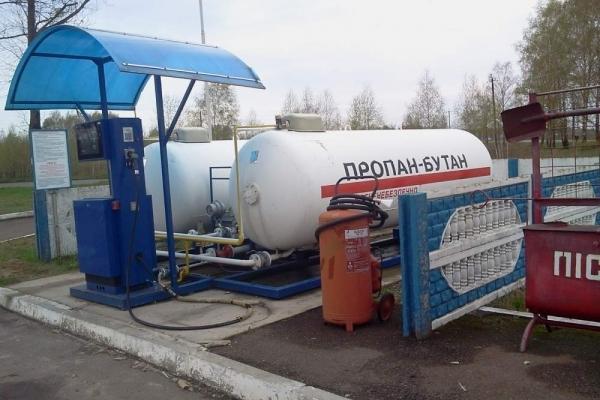 Дефіцит газу добрався і до Тернополя: деякі заправки уже не працюють