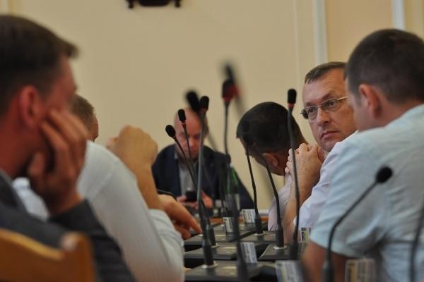 Коротко і результативно: відбулась чергова сесія Тернопільської міської ради (Відео)