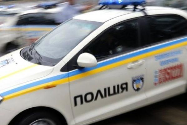 На вулиці Крушельницької водії поранили поліцейського (Фото)