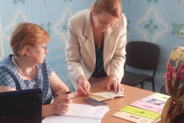 Тисячі українців можуть залишитись без пенсій. Що відбувається?