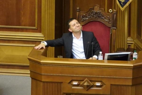 Повне звільнення українців від сплати за опалення, воду, газ та електроенергію на весь час карантину