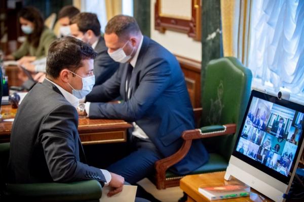 Президента Зеленського знову ввели в оману: у Тернополі в лікарні перебувають лише 8 тернопільських діток