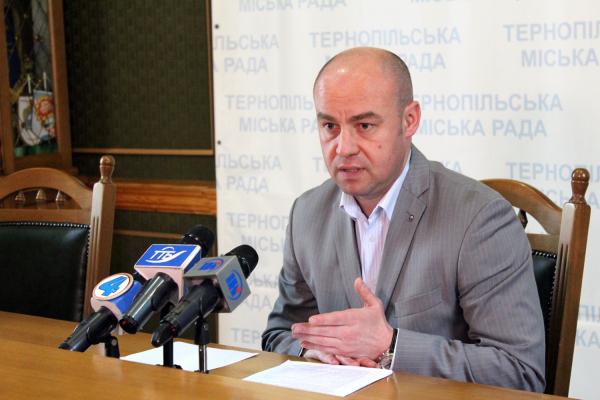 Сергій Надал робить все, щоб у Тернополі не було «червоної зони»