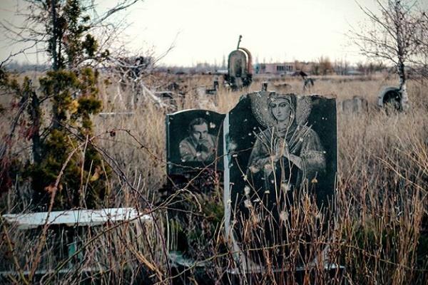 В Тернополі на прибирання і утримання кладовищ знову бракує грошей?