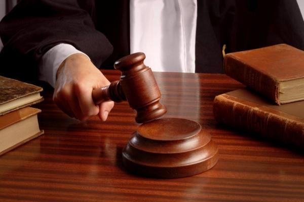Про фундамент, земельну ділянку та хто «підставив» суддю Братасюка