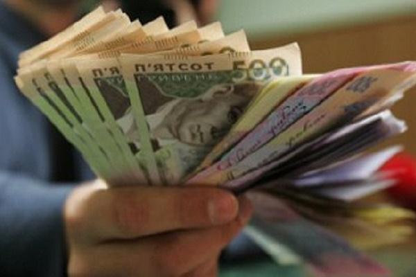 Чергове підняття мінімальної зарплати до 5 000 гривень не витримає жодне підприємство