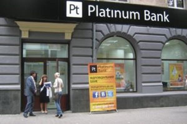 Чи зможуть тернополяни повернути гроші зі збанкрутілого «Платинум Банка»?
