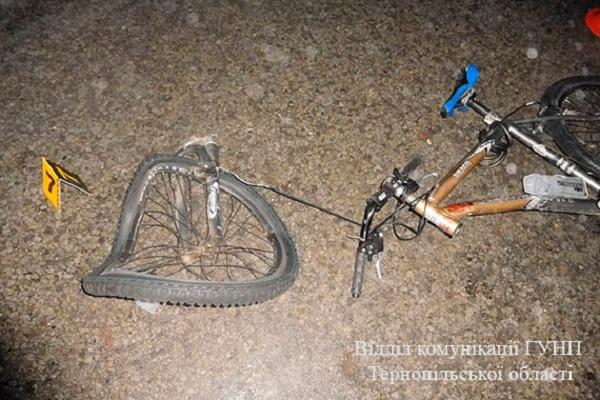 Біля Тернополя таксист збив велосипедиста насмерть (фото)