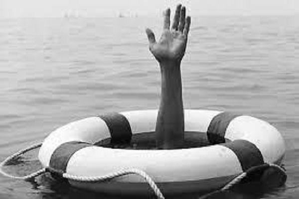 Рибалка врятував з води двох дітей, але з третім хлопчиком потонув сам