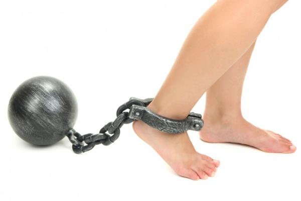 На Тернопільщині чоловік через борги став рабом