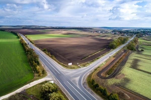 Гройсман вражений ремонтом дороги на Тернопільщині