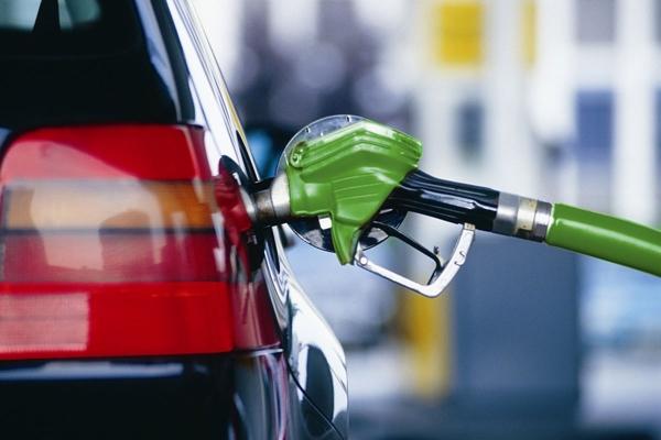 Тернополянам на замітку: бензин подорожчає до Нового року