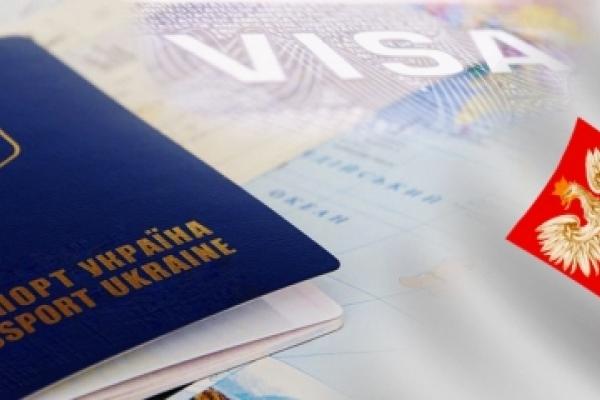 Польща рекордними темпами вимиває робочу силу з України