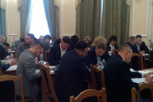 В Тернополі депутати задумали створити банк дошкільнят і школярів