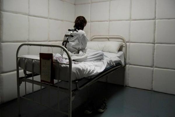 Як в Бережанах торгують психічнохворими пацієнтами інтернату (Фото)
