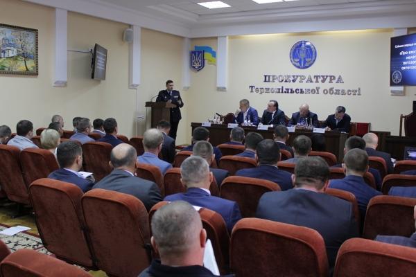Тернопільські прокурори зацікавились нелегальними заправками