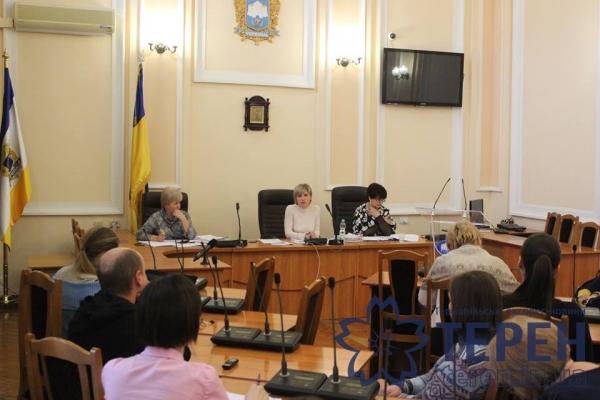 Тернополяни вирішили підкоректувати «розклади» депутатів по грошах (Відео)