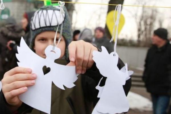 Тернополян закликають зробити паперових Ангелів та прийти на вшанування Героїв Небесної сотні