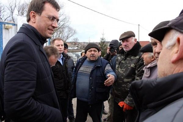 Міністр Омелян відзначив успішність роботи Дорожнього фонду біля обваленого мосту в Лисівцях