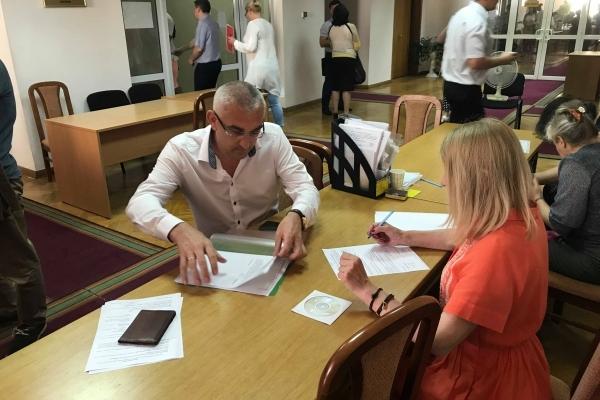 Є вже перший кандидат до Парламенту від Тернопільщини, який здав документи у ЦВК