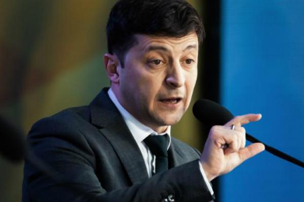 Зміна керівництва НБУ: Зеленський вимагає долар по 30 гривень