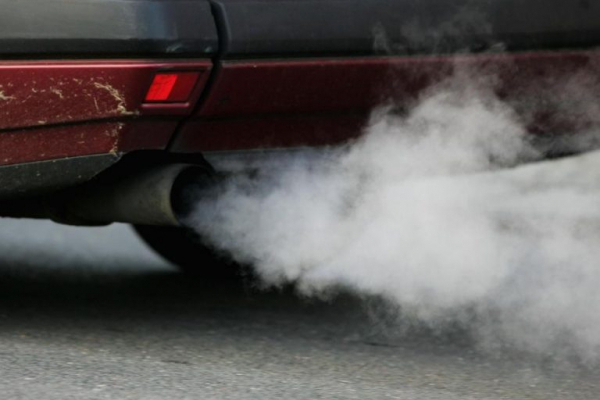 Вже названо конкретні дати: в Україні хочуть заборонити ввезення автомобілів на дизелі і бензині